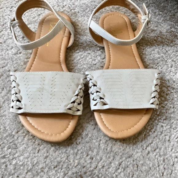 Lulu's Shoes - Sandals from LuLus